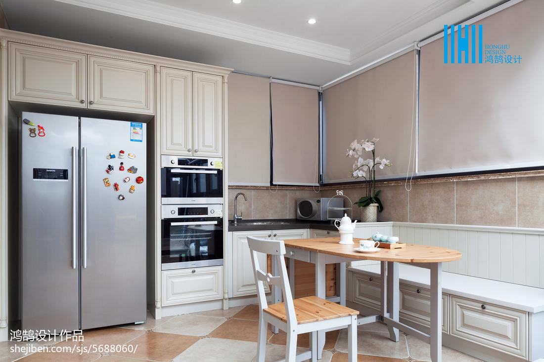 2018141平米美式别墅厨房装修设计效果图片欣赏