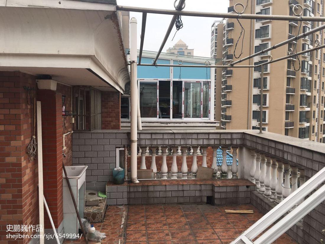 优美71平LOFT三居阳台设计案例