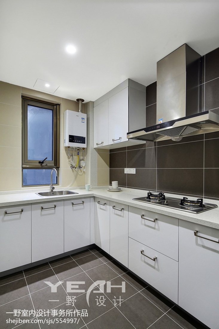 热门105平米三居厨房简约实景图片大全