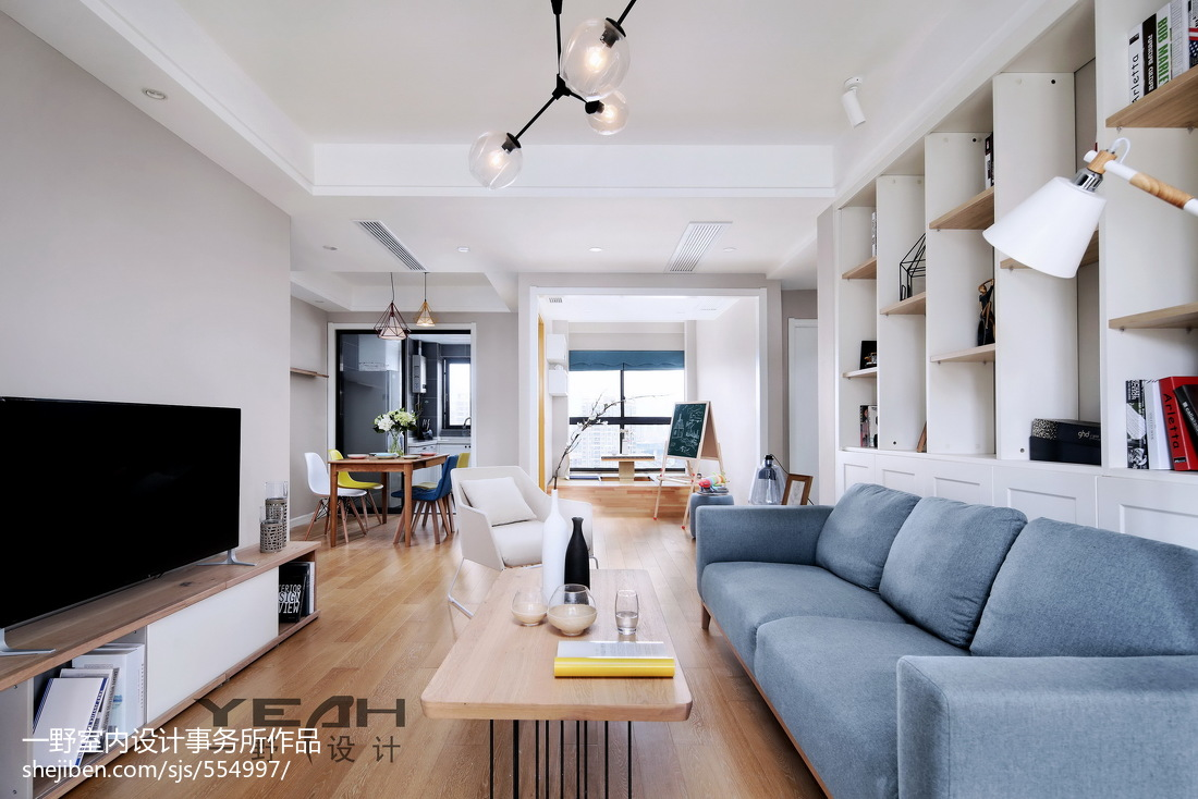 热门面积82平北欧二居客厅装修效果图片