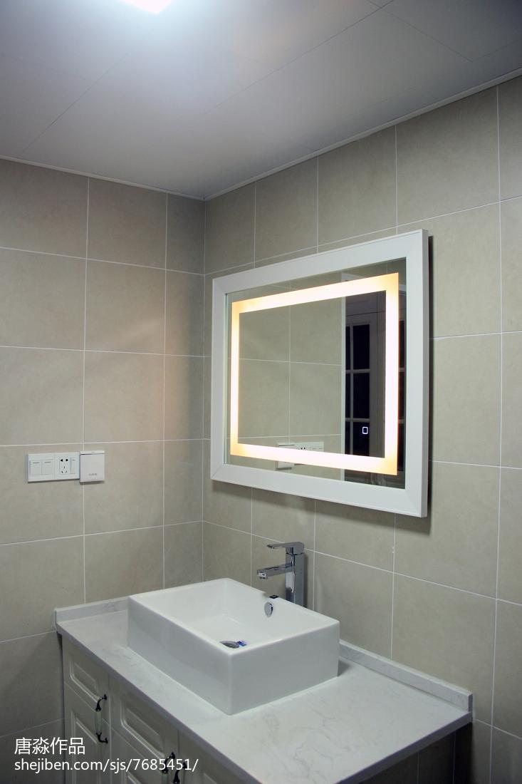 热门97平米三居卫生间简约装饰图片大全