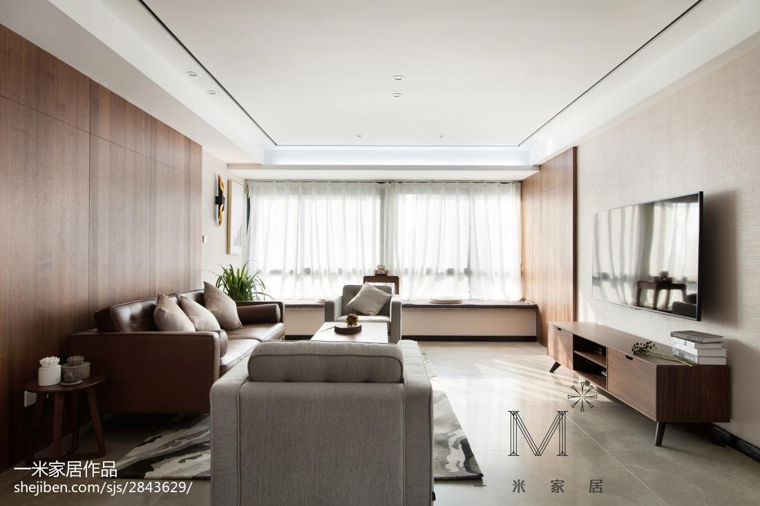 悠雅127平现代三居客厅装饰美图