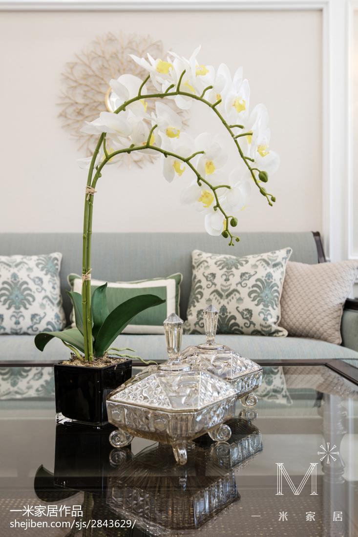 温馨122平美式三居客厅设计图