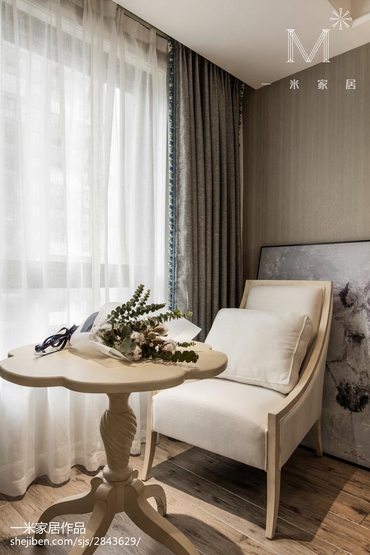 温馨79平美式三居卧室装修图