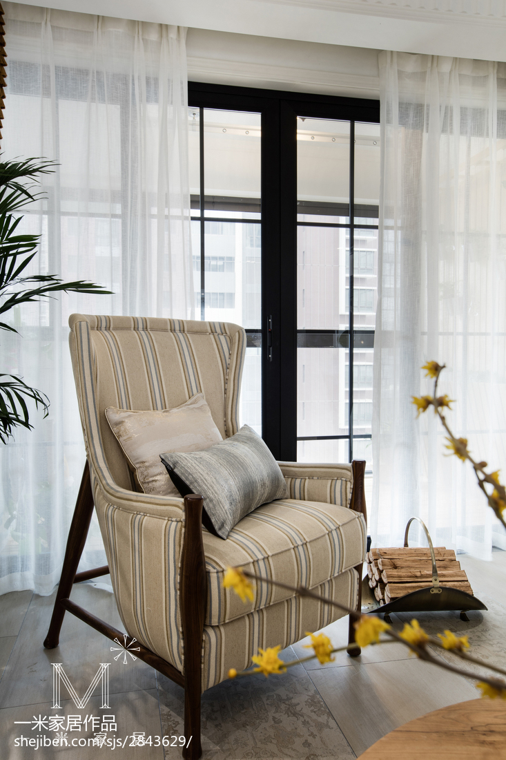 优美76平美式三居客厅设计美图
