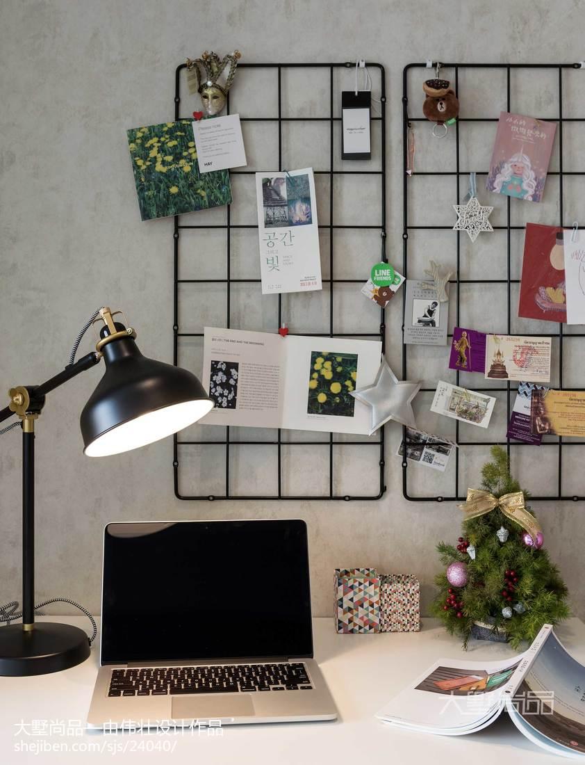 热门96平米三居书房北欧装饰图