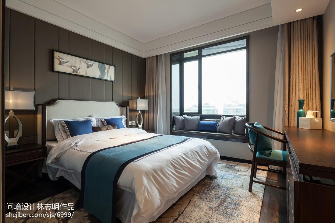 2018三居卧室中式装修实景图片