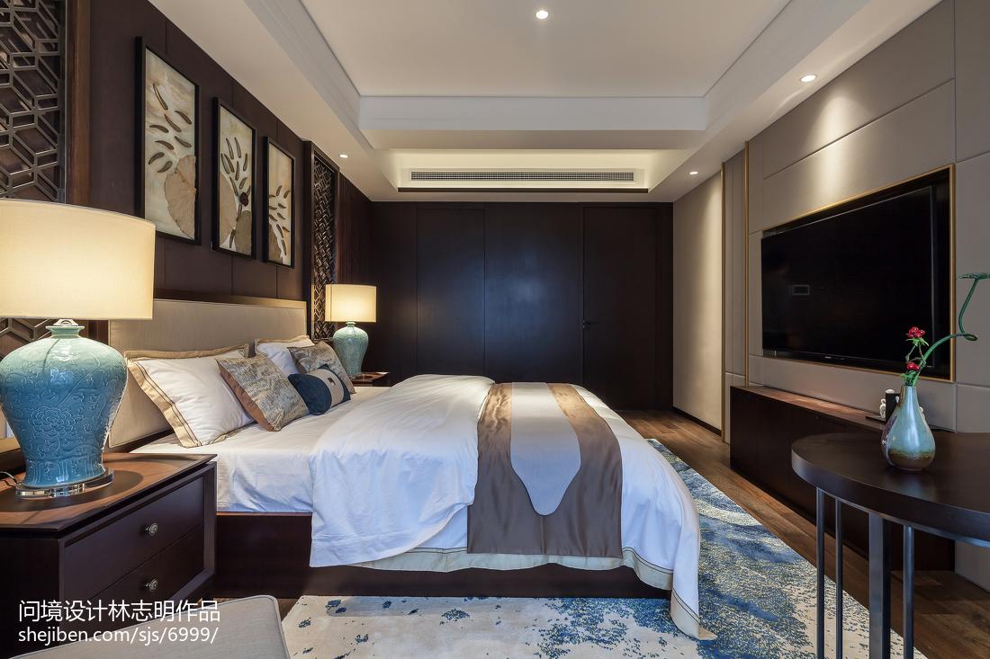面积95平中式三居卧室实景图