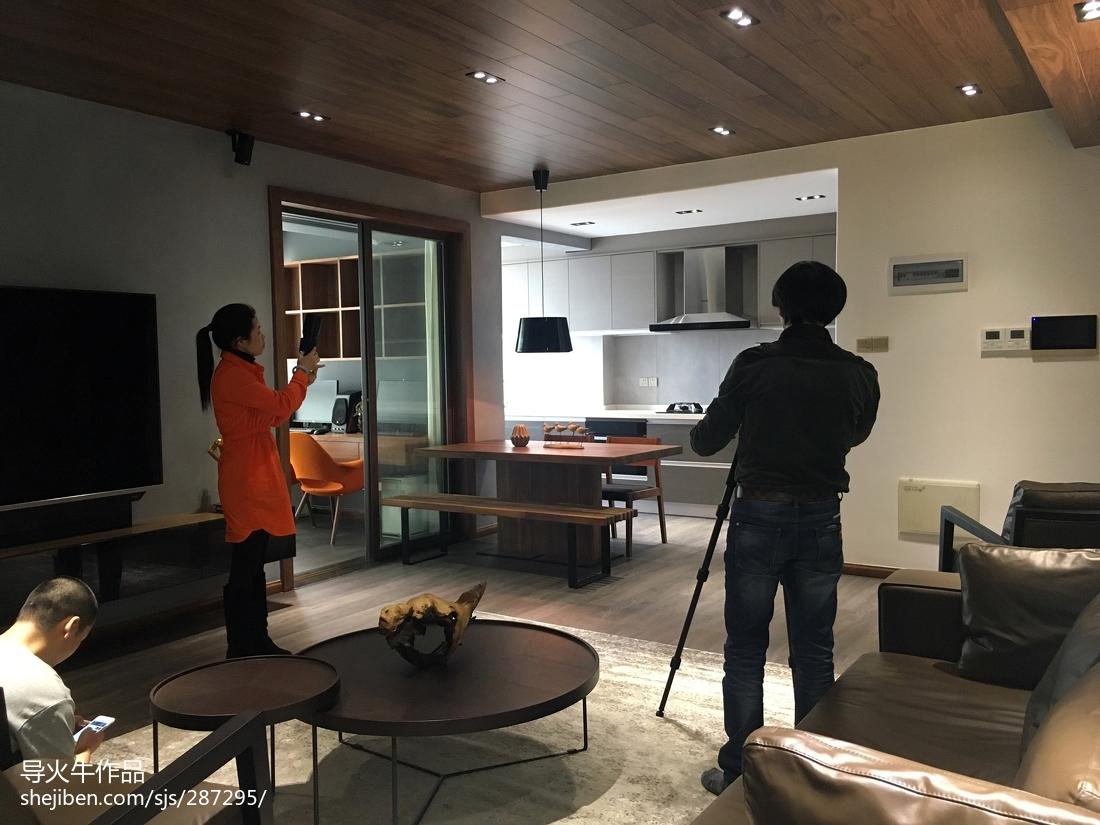 2018精选面积105平简约三居客厅欣赏图片