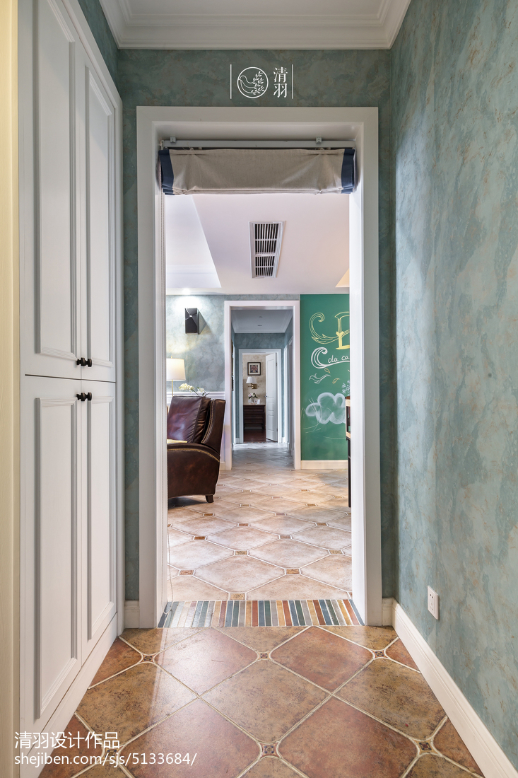 三居玄关美式装修设计效果图片欣赏