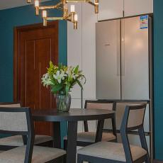 2018面积96平现代三居餐厅设计效果图