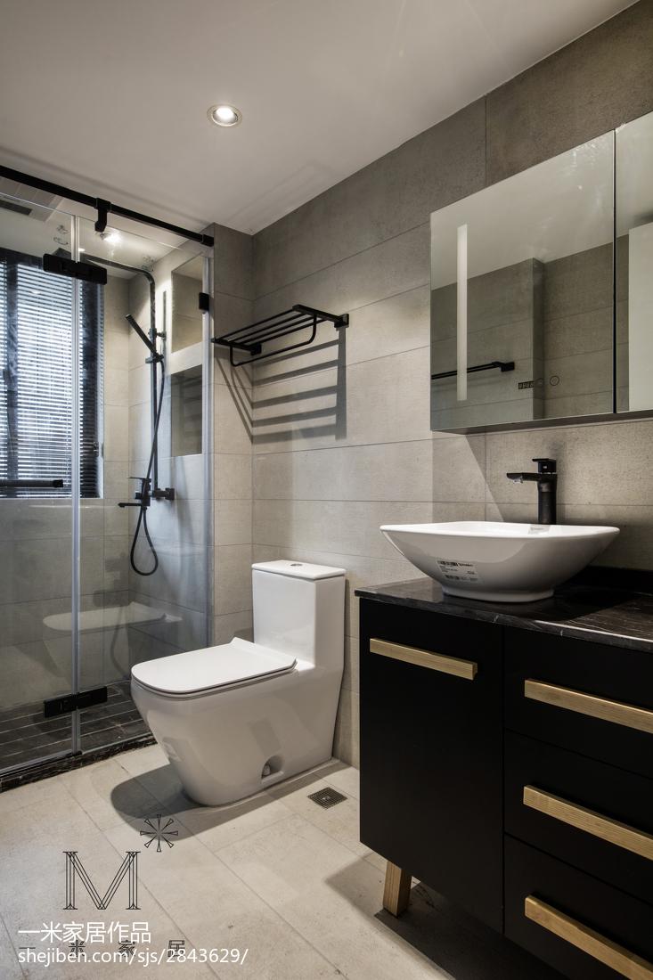 精选91平米三居卫生间简约装修设计效果图片欣赏