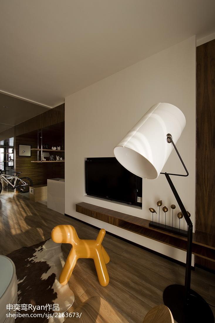 面积100平简约三居客厅装饰图