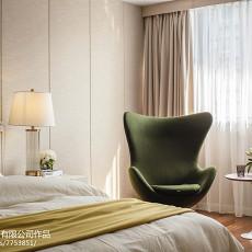 2018131平米现代复式卧室装修欣赏图片大全