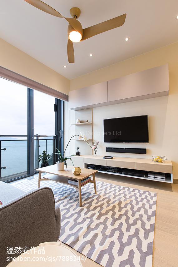 2018102平米三居客厅简约装修实景图片大全