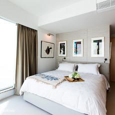 精选面积102平现代三居卧室装饰图
