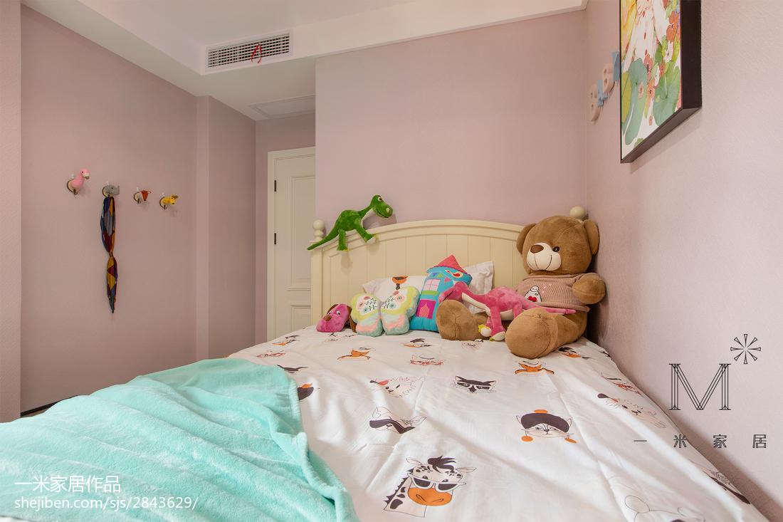 精美92平现代三居儿童房装潢图