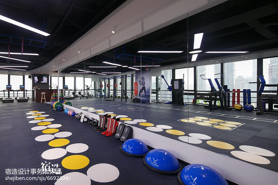 fitness 私教中心运动区装修图