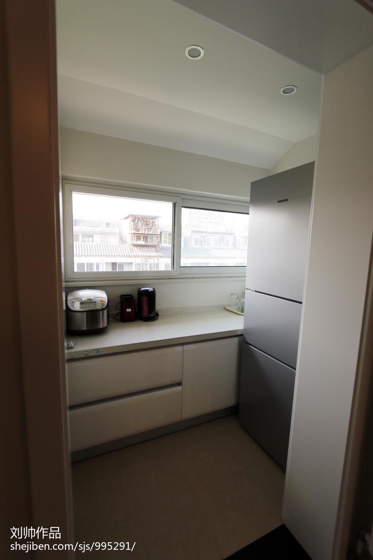 典雅87平宜家三居厨房装饰图片