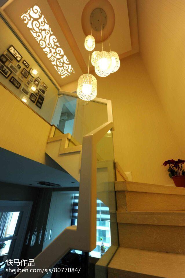 家居现代风格复式装修