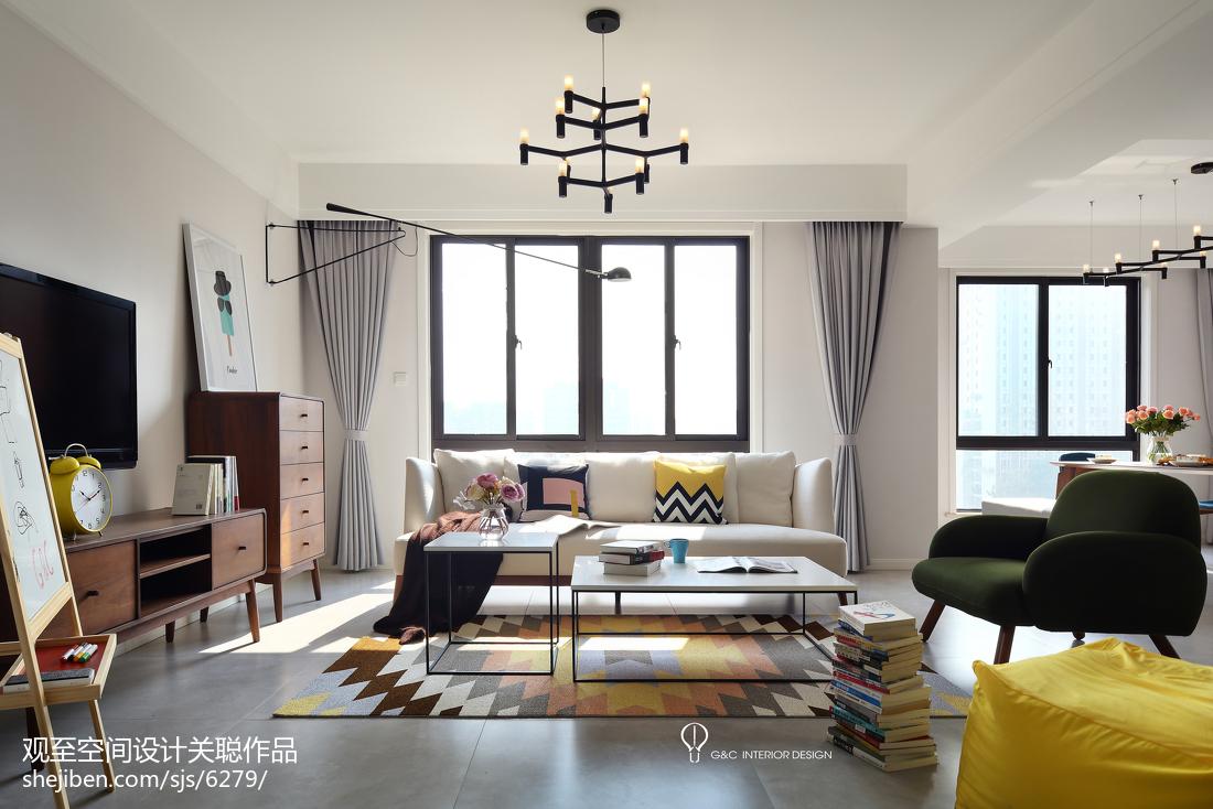 2018140平米四居客厅北欧装修效果图