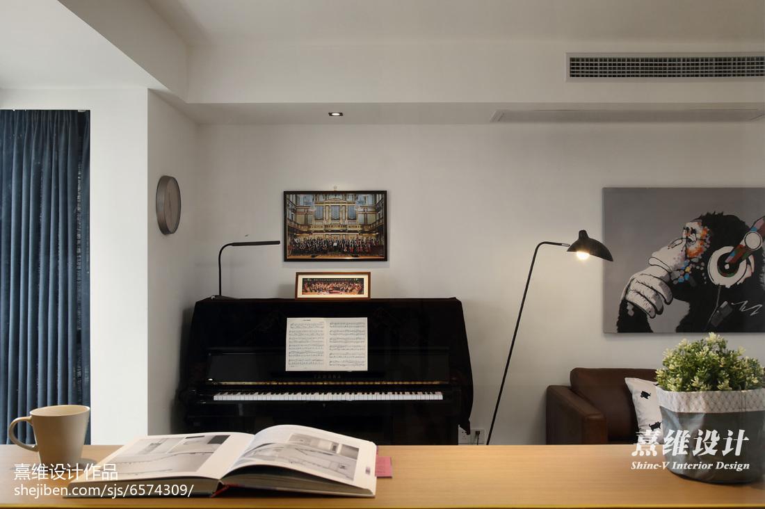 2018大小77平简约二居客厅装饰图片欣赏