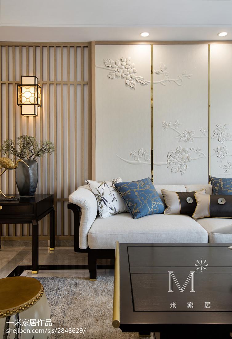热门面积104平中式三居客厅装修图