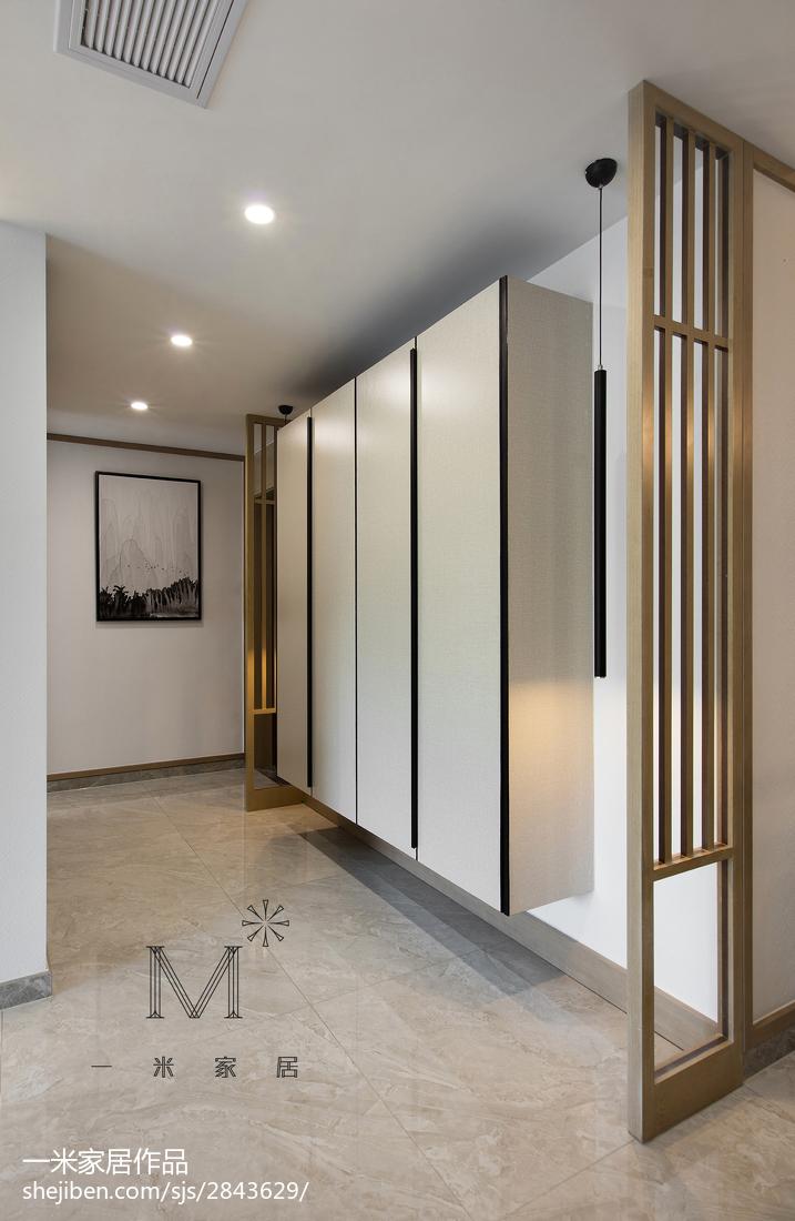 108平米三居玄关中式装修设计效果图