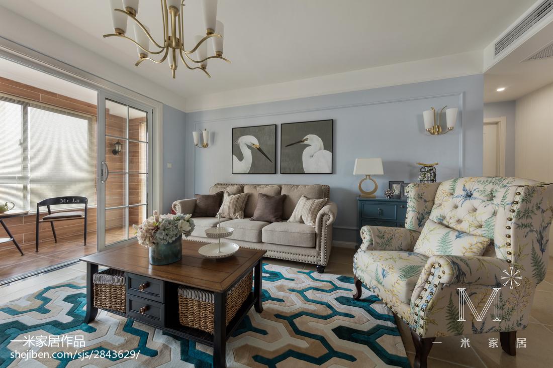 137m²美式客厅设计图