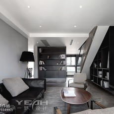 2018110平米现代复式客厅实景图