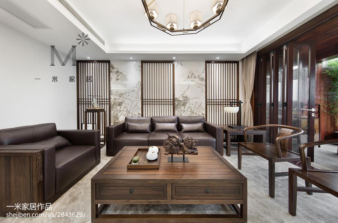 2018132平米四居客厅中式实景图片欣赏