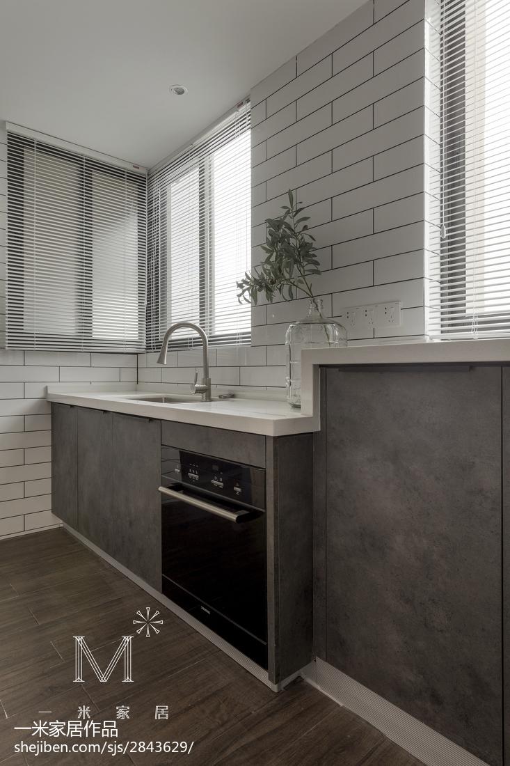 温馨136平现代四居厨房实拍图