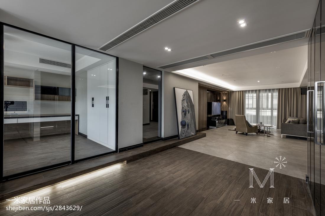 典雅120平现代四居客厅装修图