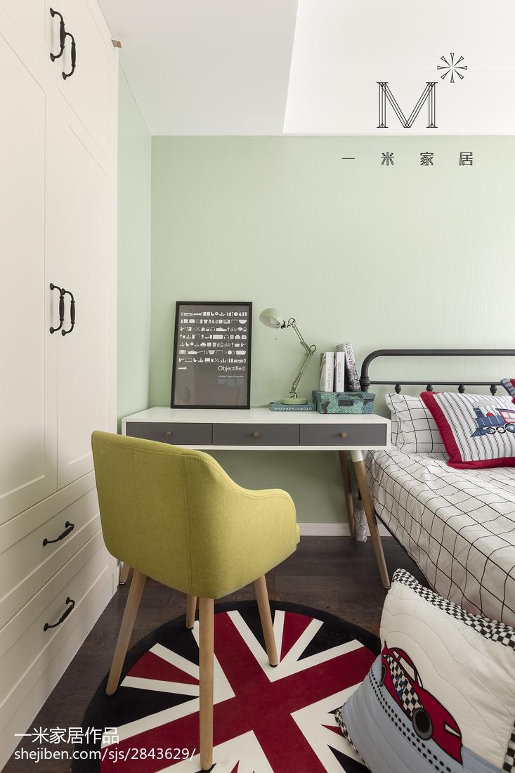 2018精选面积107平美式三居卧室设计效果图