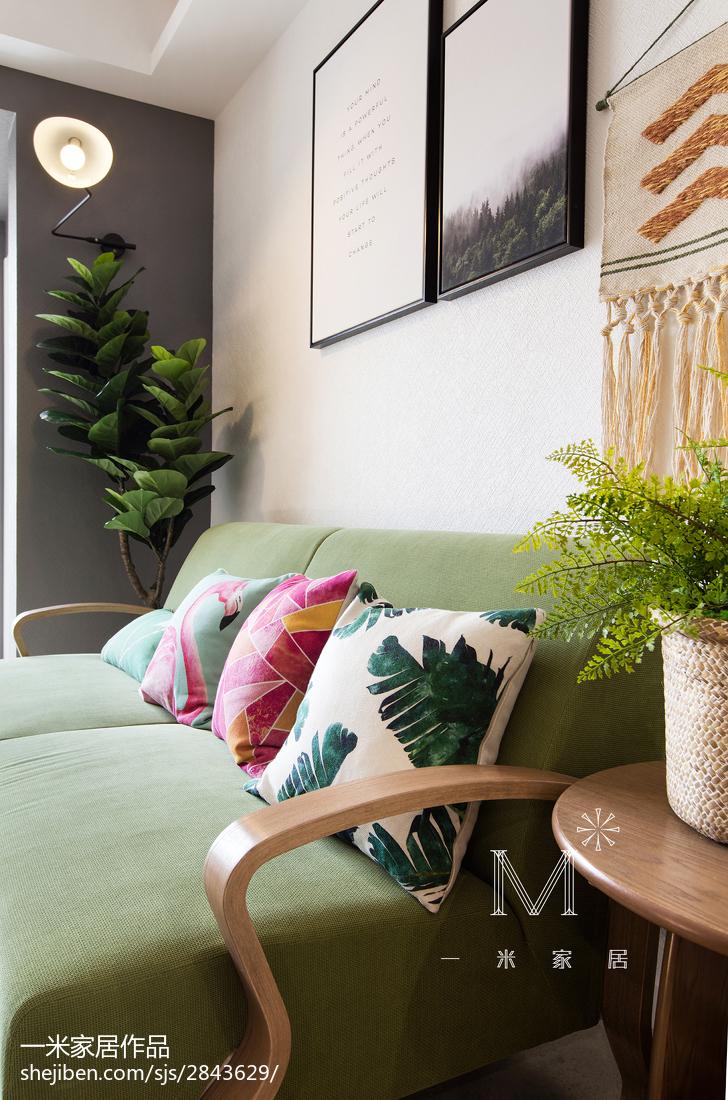 温馨64平北欧二居客厅设计案例