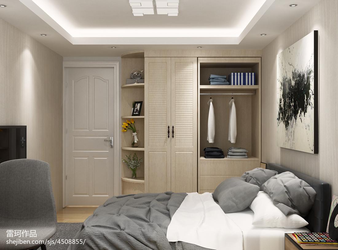 小卧室衣柜摆放