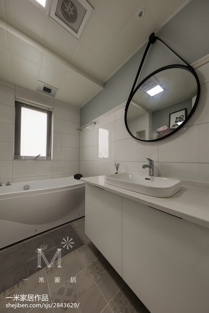精选面积102平现代三居卫生间装饰图片