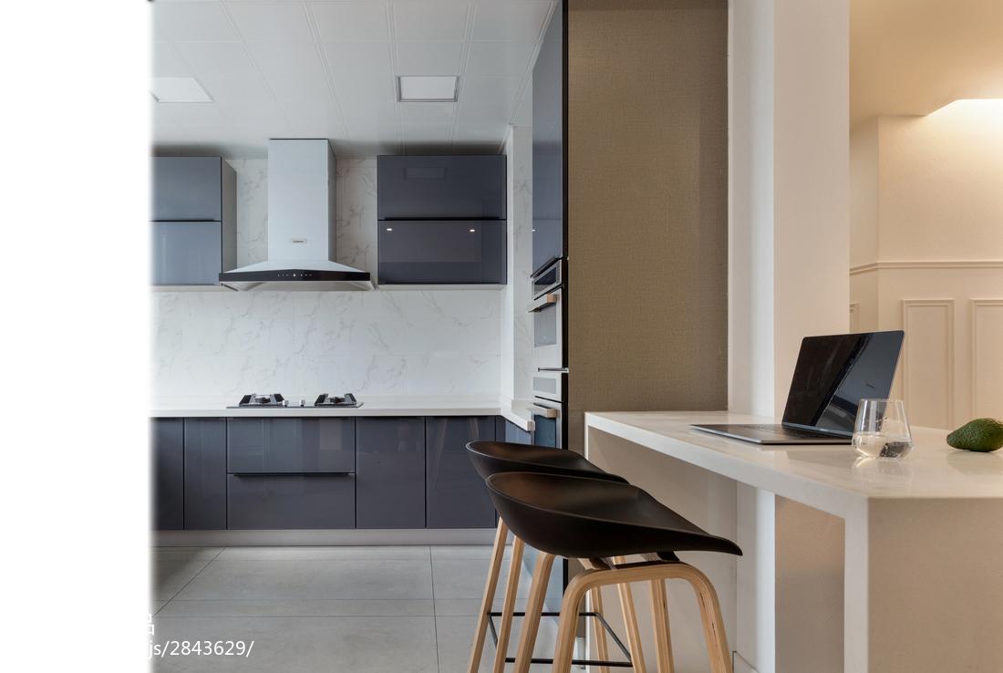 典雅80平现代三居厨房装潢图