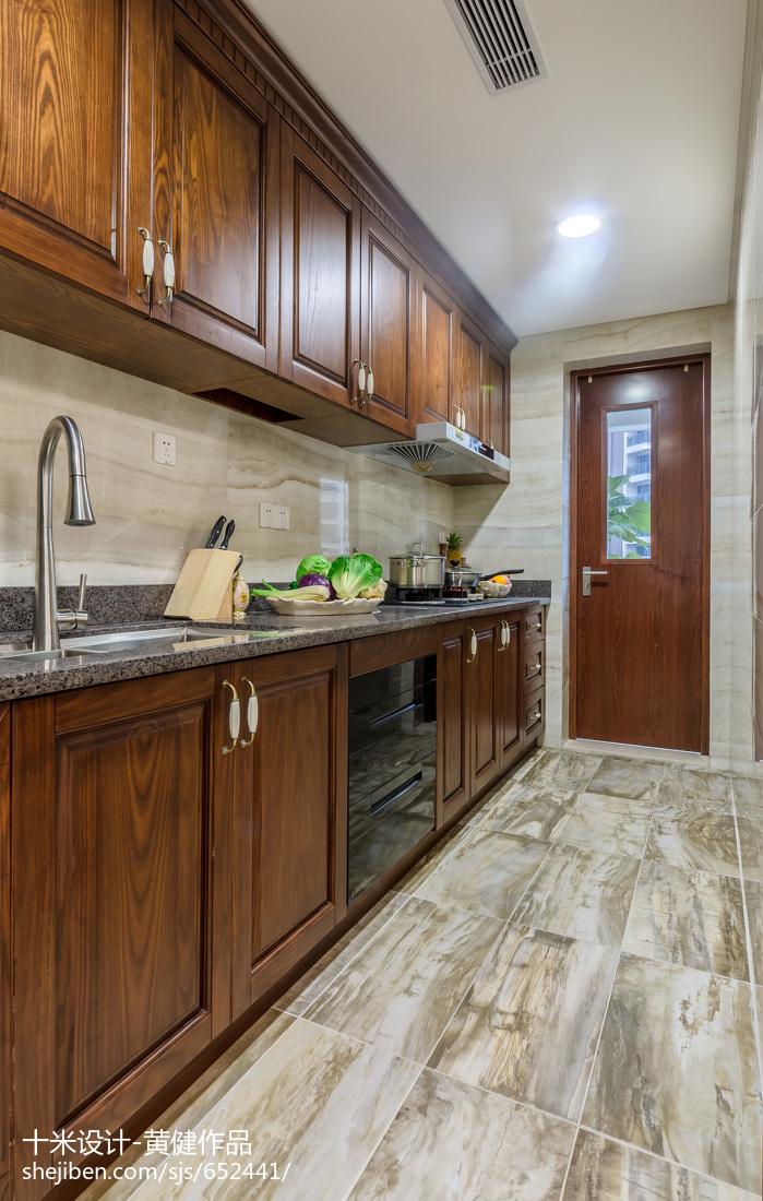大气325平欧式样板间厨房装修效果图