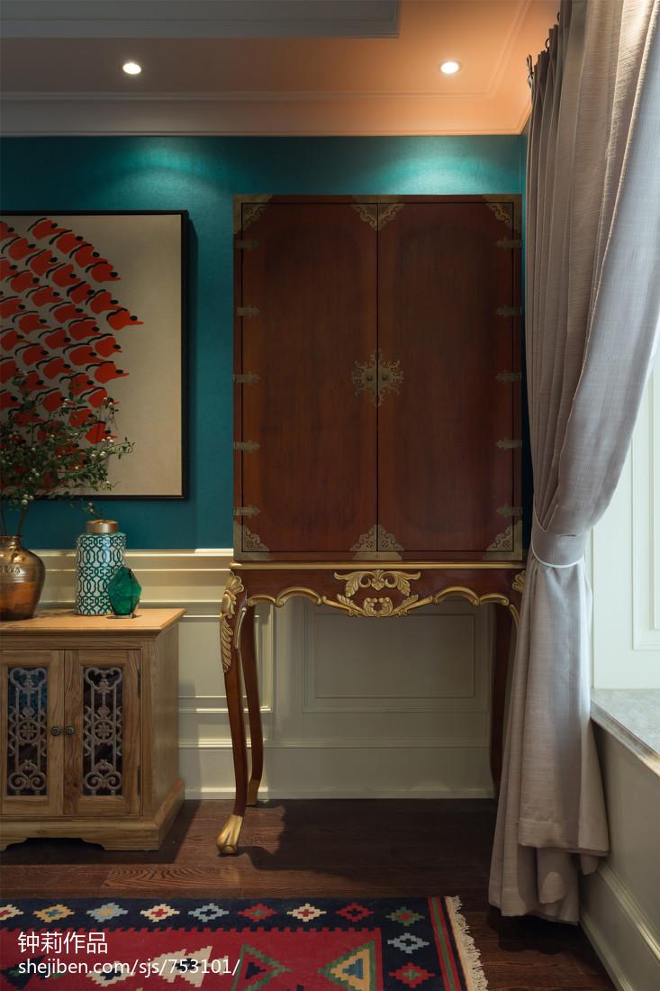 典雅88平混搭三居卧室设计美图
