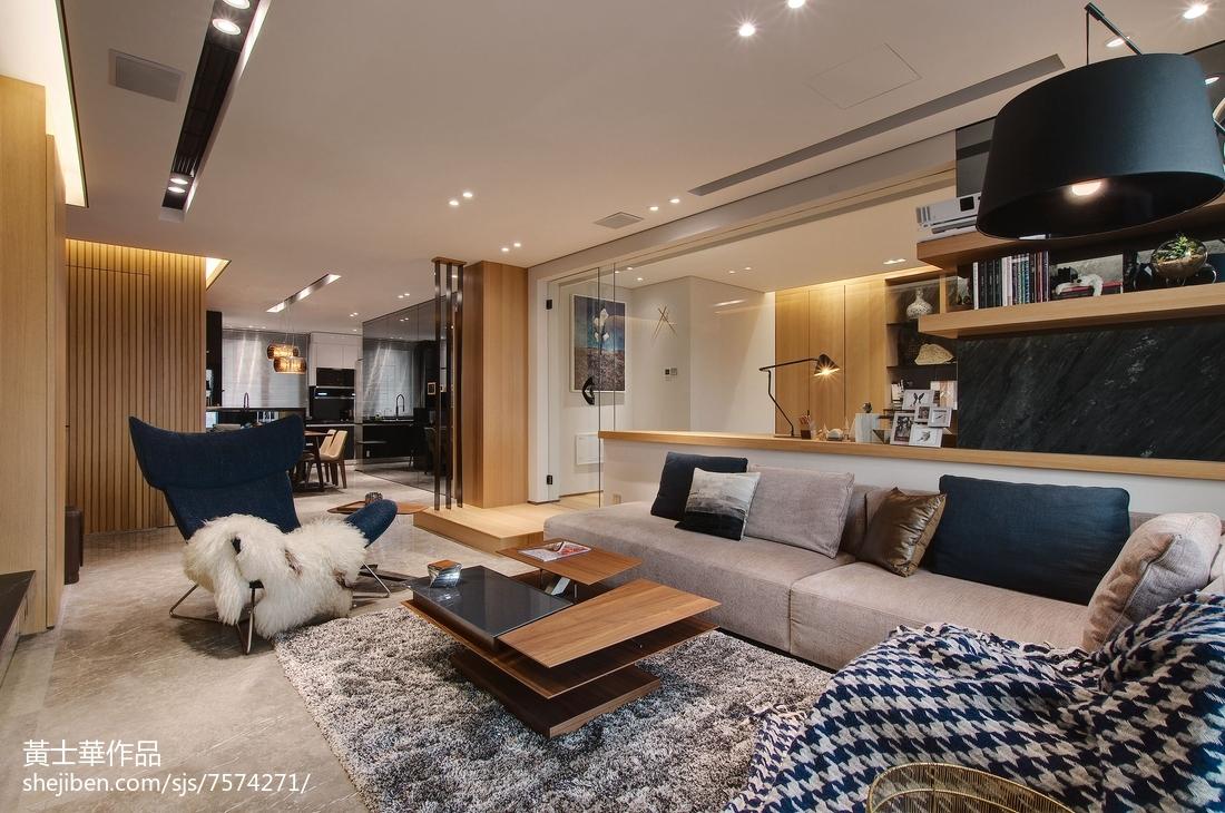 热门面积74平现代二居客厅装修设计效果图片