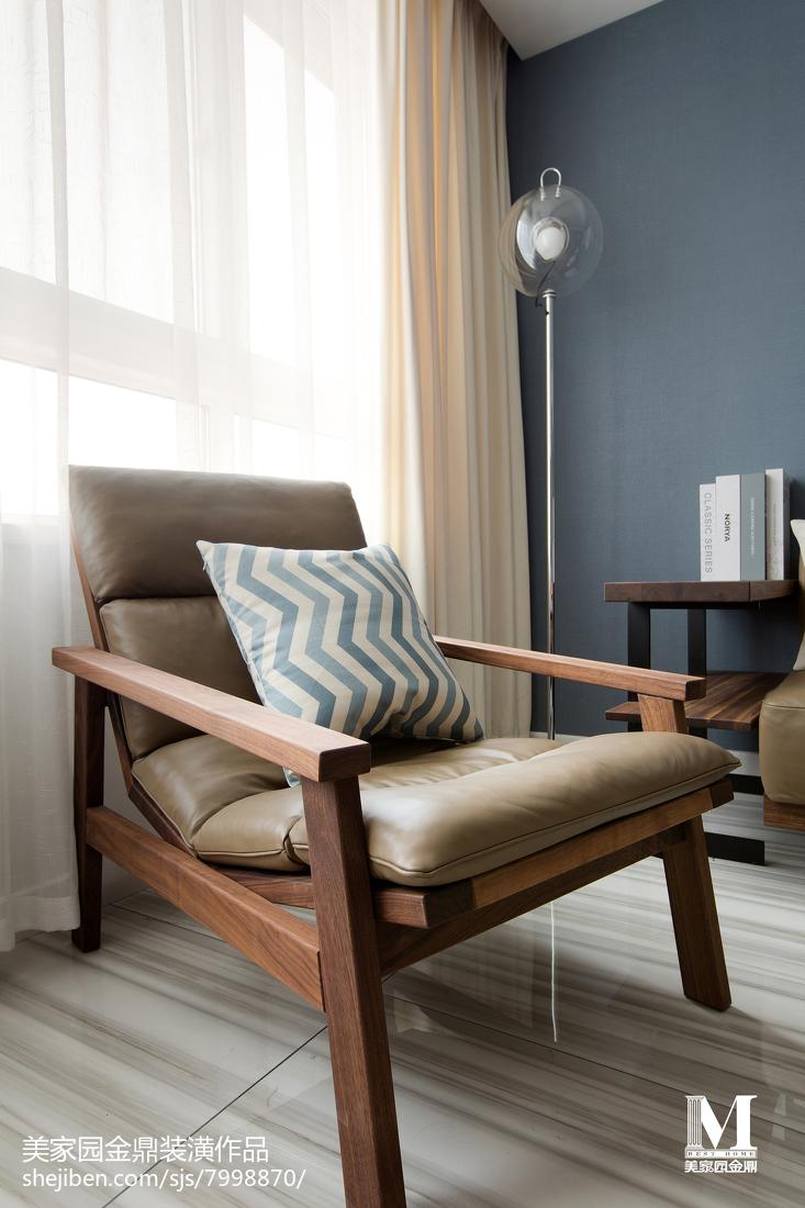 面积104平北欧三居客厅装饰图