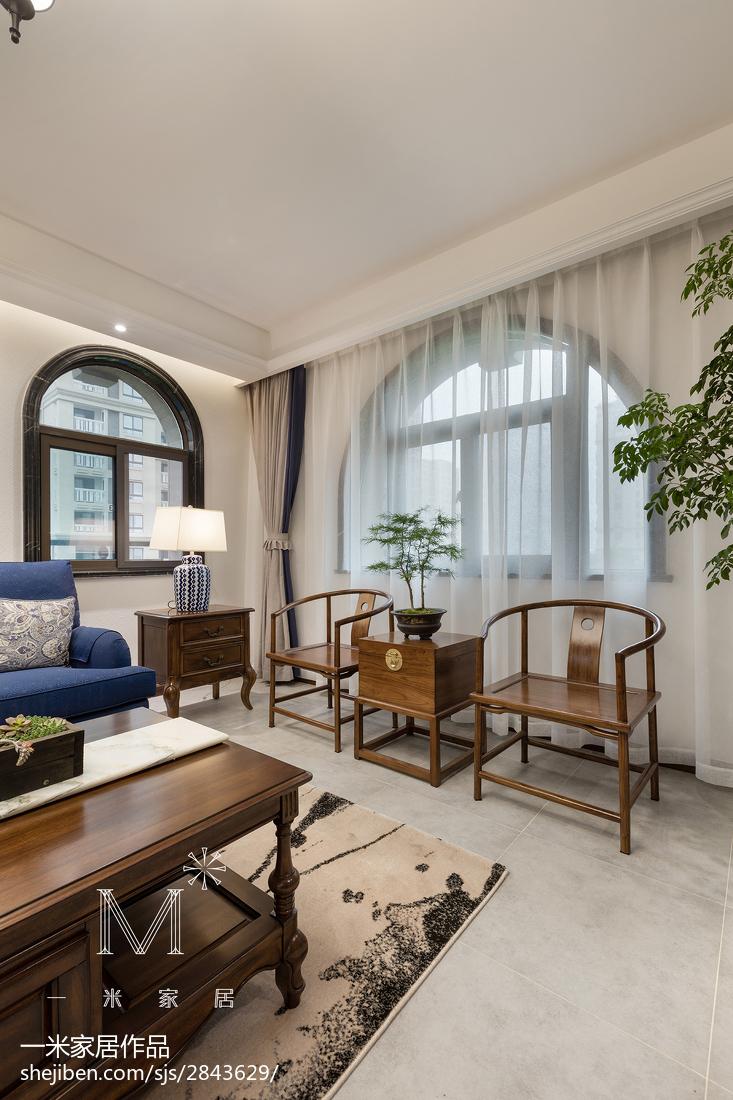 精美面积113平混搭四居客厅装饰图片