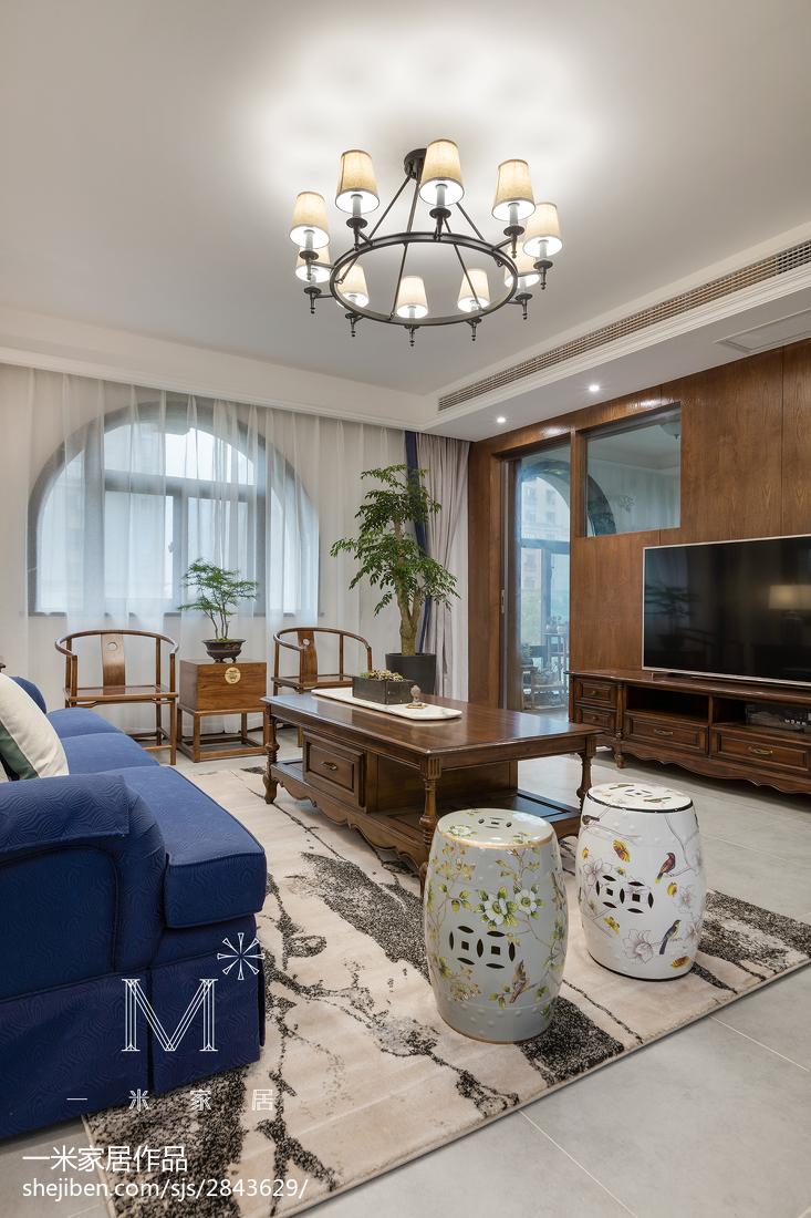 精美大小117平混搭四居客厅装修实景图片