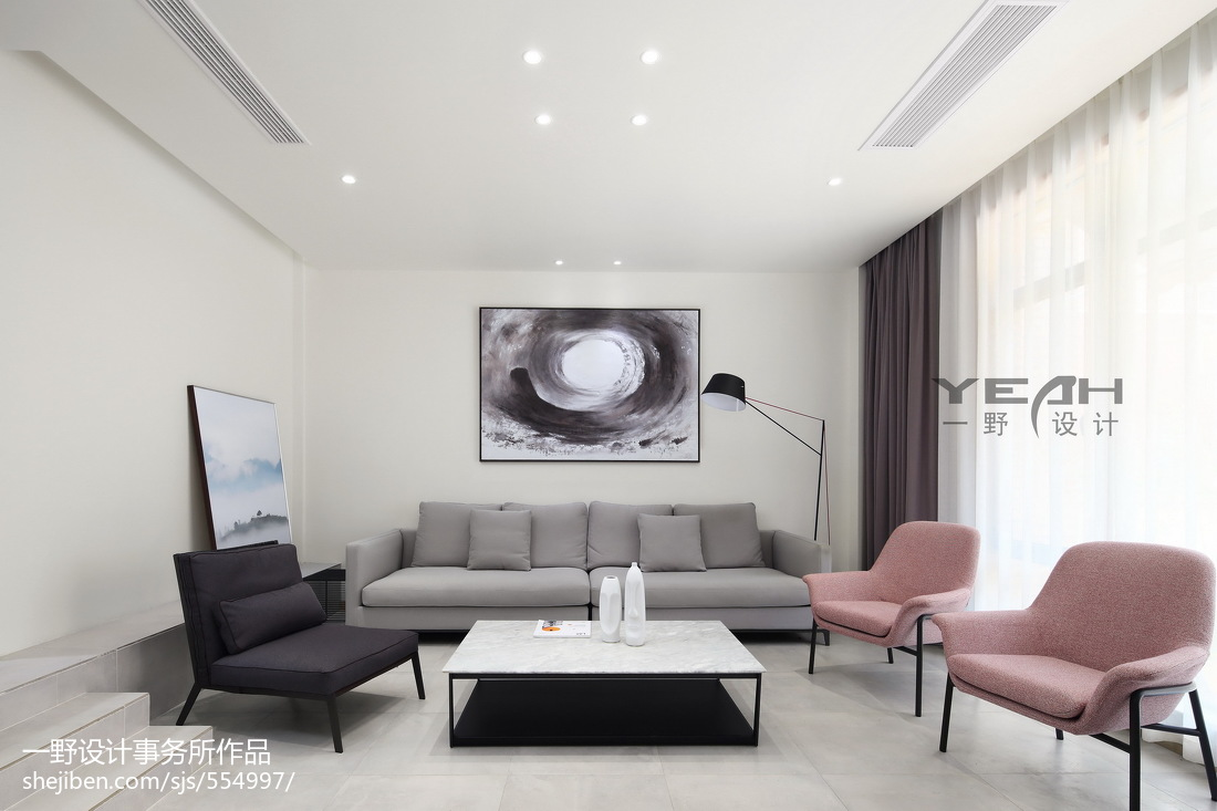 精选117平米现代别墅客厅装饰图