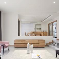 2018精选136平米现代别墅客厅实景图