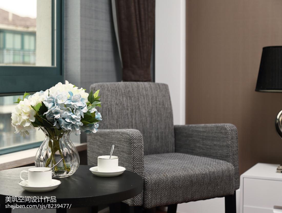 热门面积90平现代三居卧室效果图