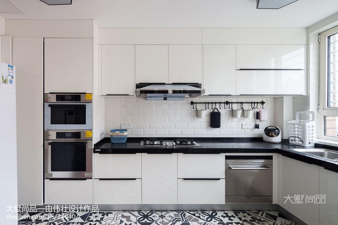2018精选95平米三居厨房北欧装修设计效果图片