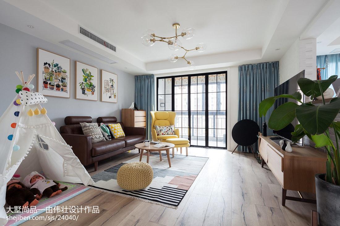 热门大小101平北欧三居客厅装修效果图片欣赏