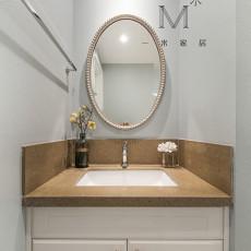热门109平米三居卫生间美式效果图片